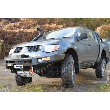 COMPLETE 6inch OFF ROAD LEAF SPRING & BODY LIFT (Double cab)