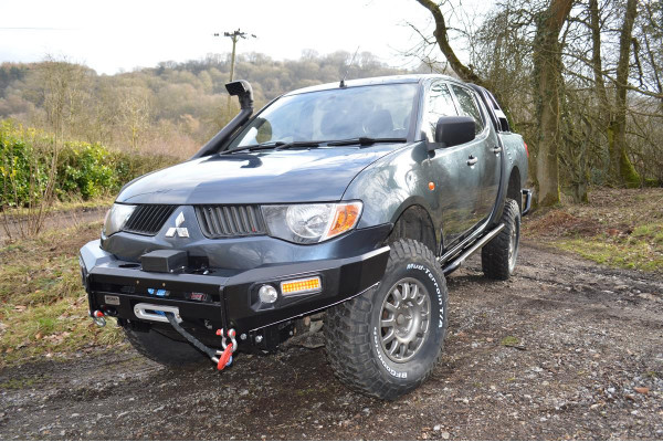 FRONT WINCH BUMPER WITH WINCH COMPLETE KIT