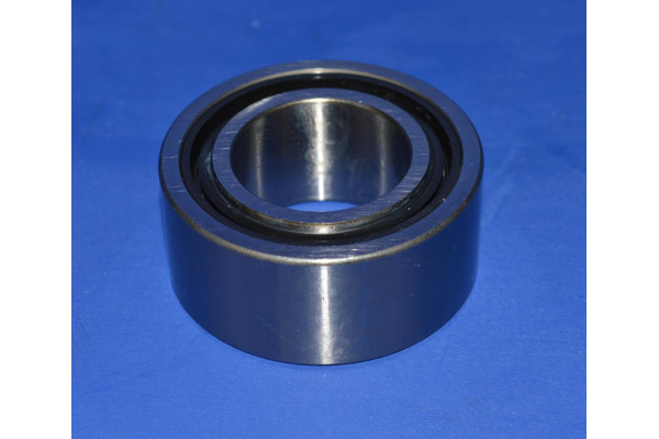 FRONT DIFFERENTIAL EXTENSION TUBE BEARING L/H