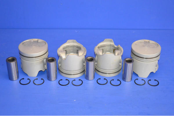 ENGINE PISTON SET (4) STD (WITHOUT RINGS)