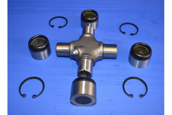 Toyota Landcruiser 4.2 TD set of new front prop-shaft UJ/'S HDJ80 universal joint